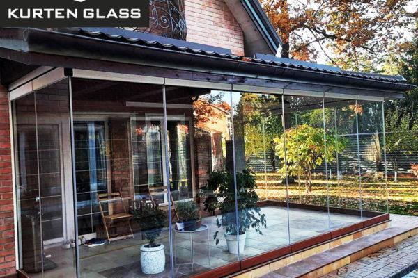 Cortina cristal porche madera